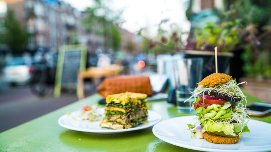 amsterdam-bread-breakfast-805300
