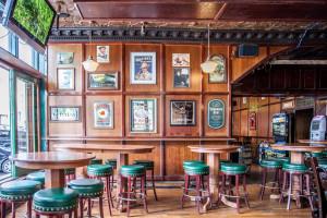 Chicago-Irish-Pub-8